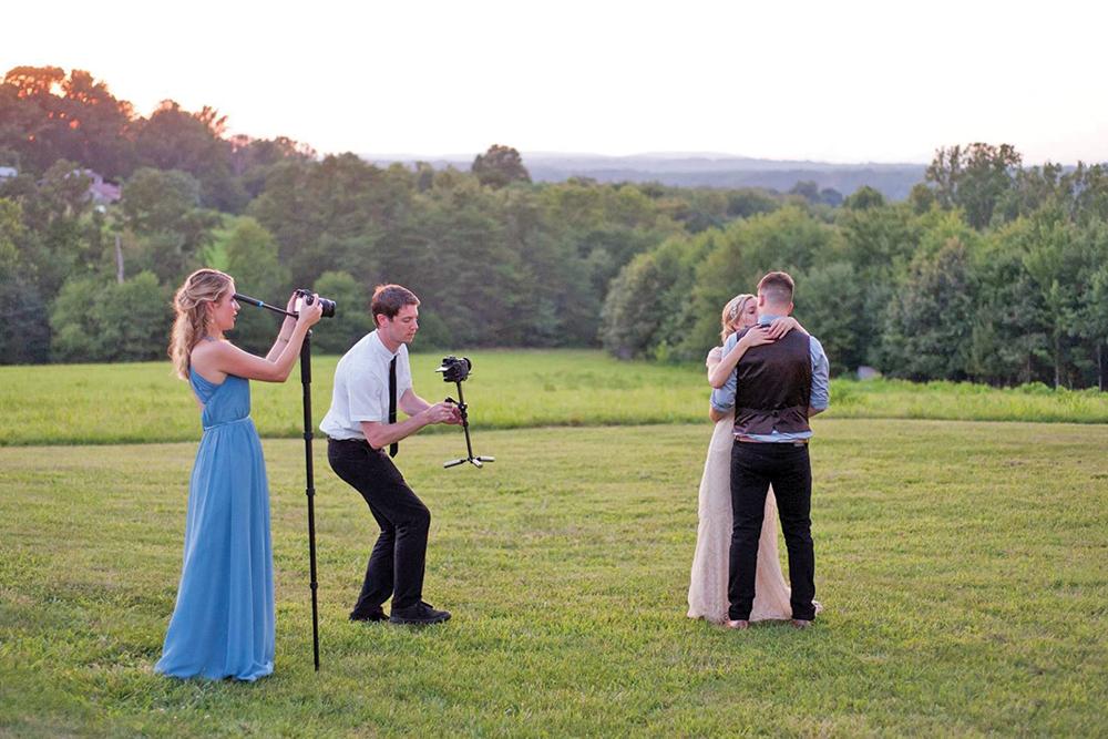 совмещения краёв сколько часов работают фотографы на свадьбах никогда раньше